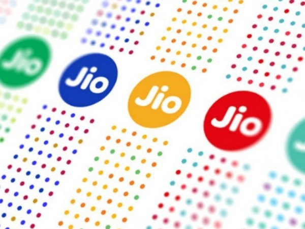 TRAI slaps fine on Jio, Airtel, others for not meeting service quality norms in March quarter