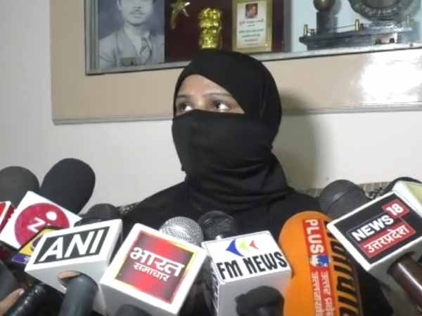 bareilly husband gives triple talaq after wife denied for prostitution