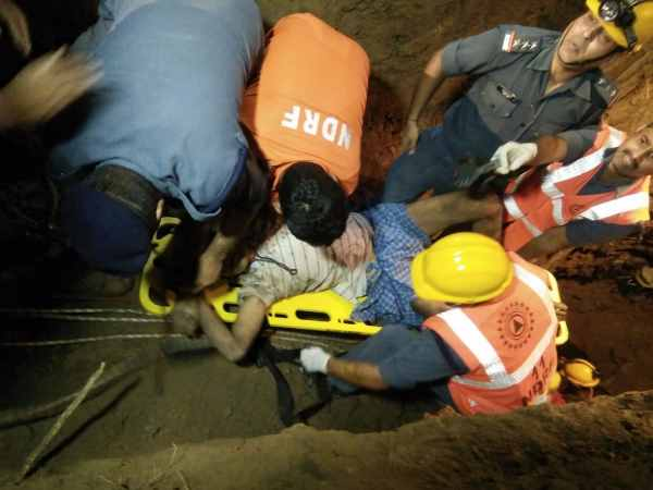 Father and son died due to falling in the well in Chandauli