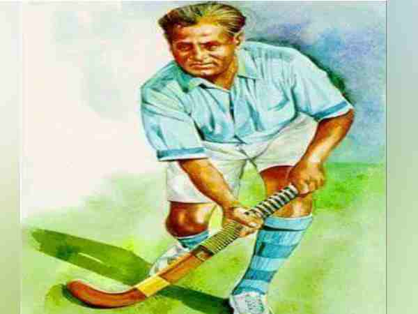world believes that Dhyan Chand is a hockey magician