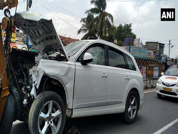 Coimbatore Audi driver rams into crowd at Coimbatore bus stop, 6 killed