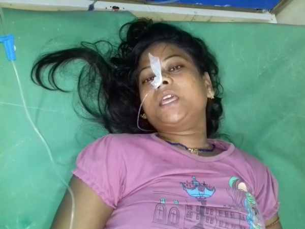 husband shot his wife severely injured in Farrukhabad
