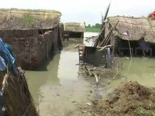 Flood affected many villages of Farrukhabad