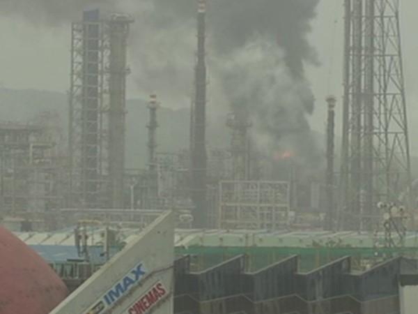 महाराष्ट्र: भारत पेट्रोलियम के प्लांट में आग लगने से मचा हड़कंप, 21 लोग घायल