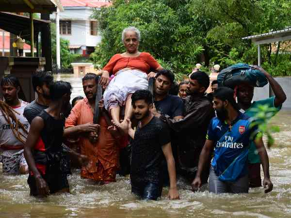 Death toll in Kerala floods, narendra modi, flood situation in kerala, kerala releif, kerala, केरल, केरल बाढ़