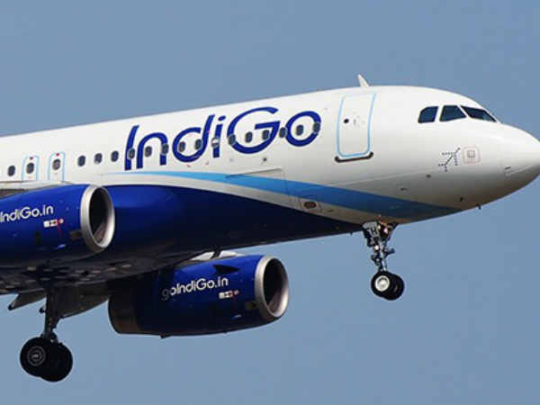 indigo flight emergency landing in jaipur
