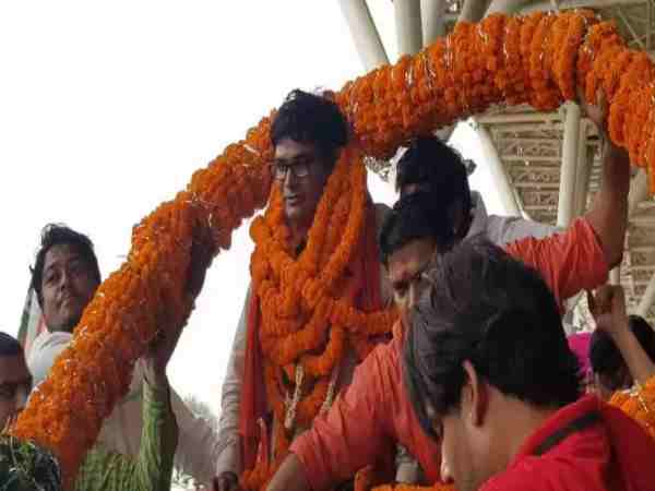 IAS Chaudhary grand welcome by BJP workers in raipur
