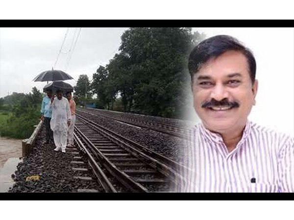 Harda MLA gets 2 km walk due to heavy rain