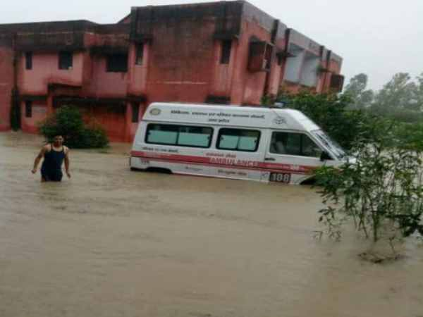 Flood situation in Saharanpur of heavy rains