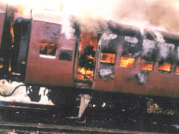 Godhra train burning case: 2 accused found guilty, 3 acquitted by SIT court