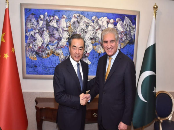 Chinese govts top diplomat says Beijing not saddling Pakistan with debt
