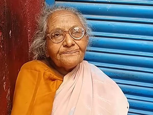 गंगा किनारे भीख मांगकर गुजारा कर रहीं बिहार की 'लता मंगेश्कर', न बेटी और न सरकार ने की मदद