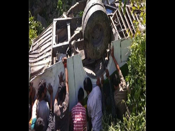 Five killed, 21 injured as bus falls into gorge in Uttarakhand