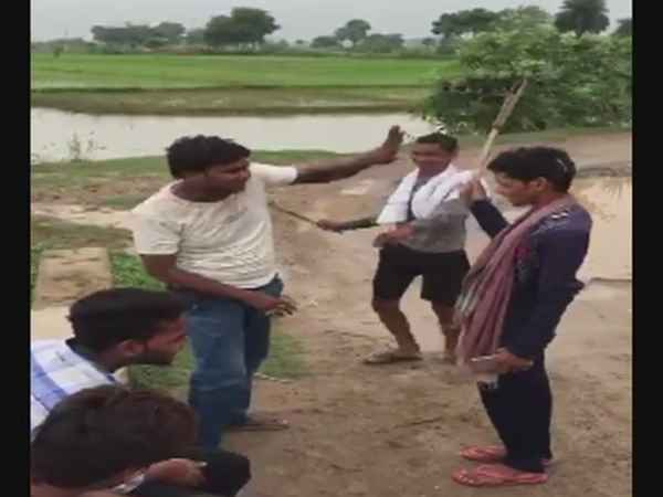 Man thrashed and made to lick spit following a dispute with a group of men in Bihar