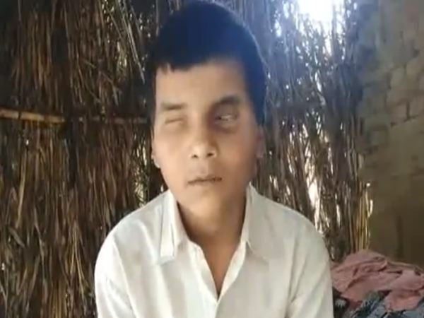 firozabad divyang child gives a message to cm yogi and ask for help