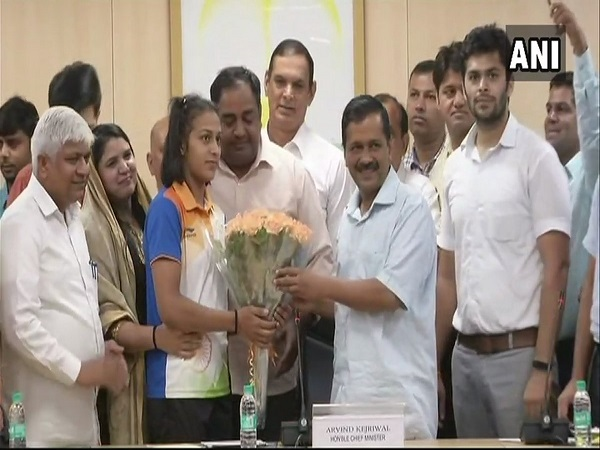 delhi cm arvind kejriwal raises reward amount for winners of Asian Games 2018