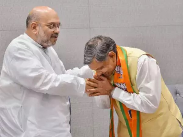Senior Congress leader and former MP Jiva Bhai Patel joins BJP