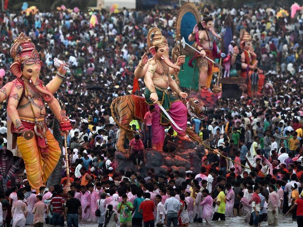Bombay High Court Announces Complete Ban On Use Of DJ During Ganpati Visarjan