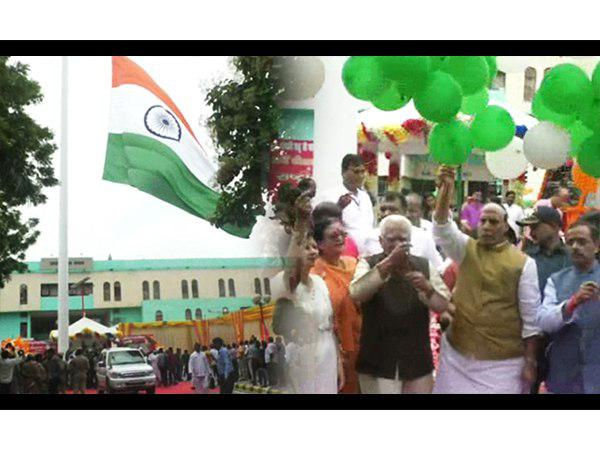 highest flag host 160 feet in kanpur