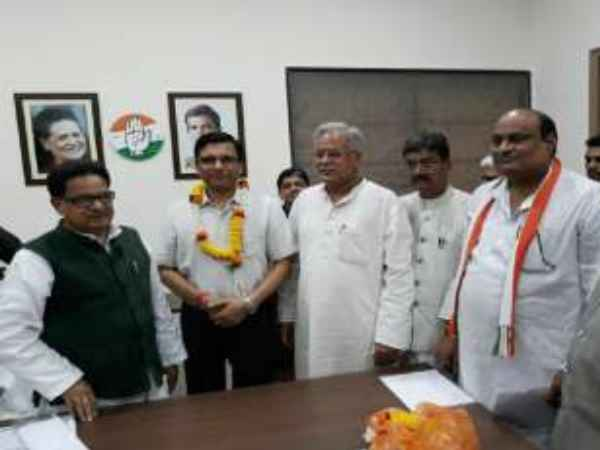EX IAS RPS Tyagi joined Congress in raipur
