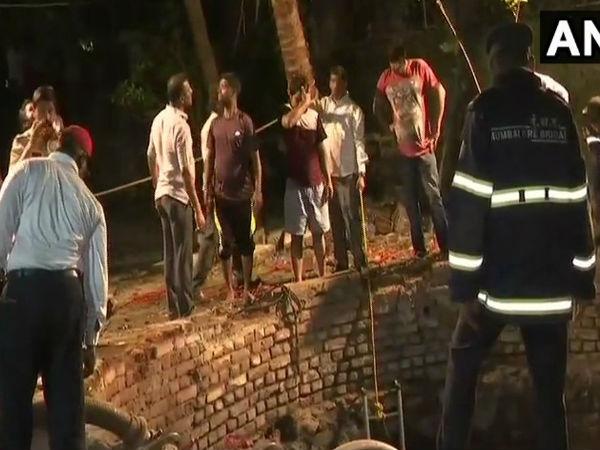 Mumbai: Three persons including a 3-year-old girl drowned in a well at Dikshit road in Vile Parle today