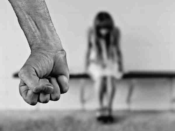 policemen allegedly does rape rehearsal when girl came into police station