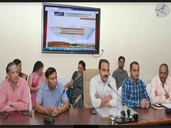 ECI launches cVIGIL app where Citizens can report MCC violations on it