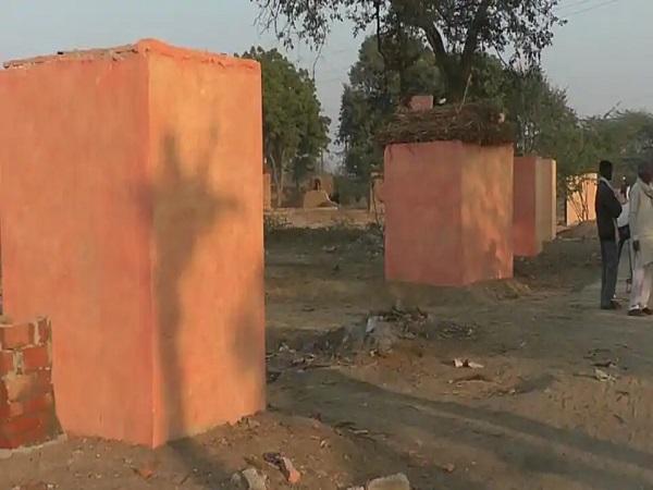 Image result for प्रधान की धमकी- अपनी टॉयलेट्स को भगवा रंग में रंगें
