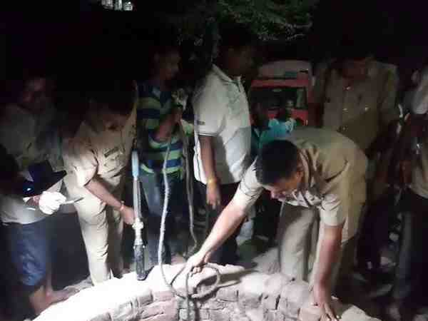 two people jump into well to save man then all died in varanasi