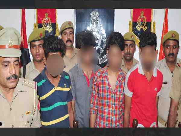 police caught four thieves who looted girls in saharanpur