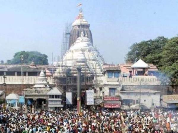 Supreme Court orders No policeman should enter Puri Jagannath temple with weapons shoes