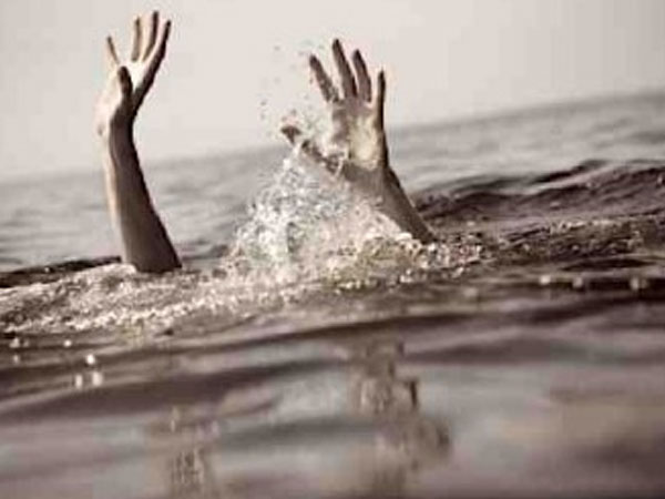 5 people enter the sea to wash Holi colours, drown near Mumbai