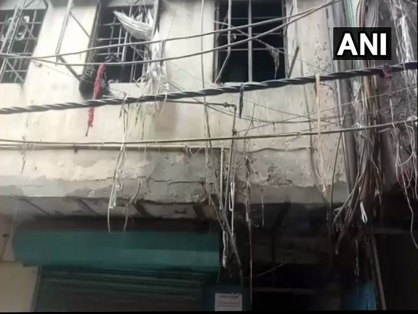 Delhi: fire broke out in a factory in Karol Bagh, Four dead and one injured