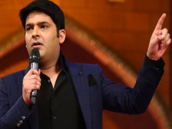 Kapil Sharma disappointed fans when he refused to pose for pictures or click selfies in a event
