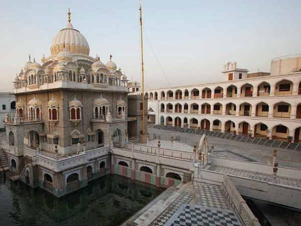 पाकिस्तान आज खोलेगा करतारपुर का रास्ता, पीएम इमरान खान के साथ नवजोत सिंह सिद्धू भी रहेंगे मौजूद