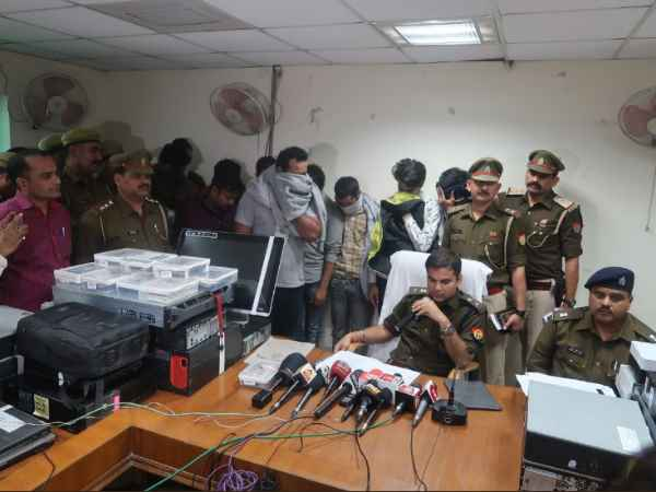 Noida Police raided Fake Call Center, arrested 23 peopler