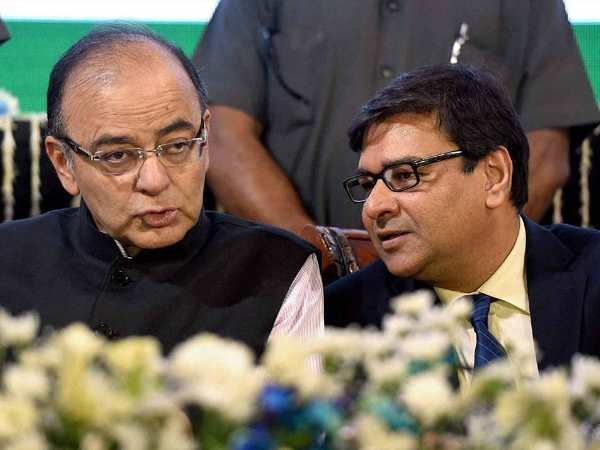 Centre Will Push RBI to Hand Over Rs 3.6 Lakh Crore Even Urjit Patel Resign says Report