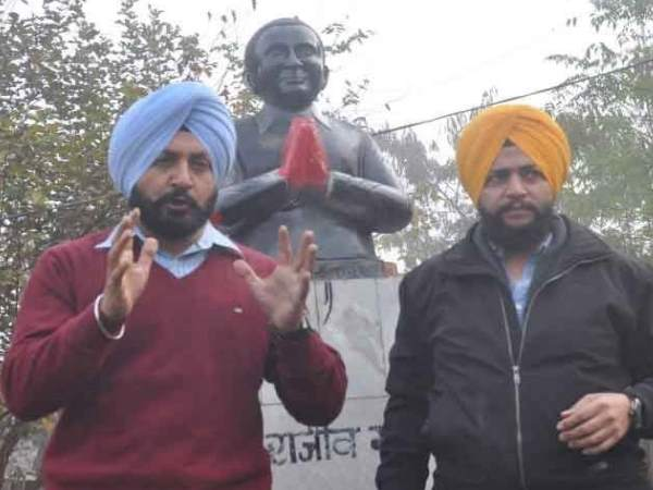 one akali dal leader arrested by ludhiana police for vandalising rajiv gandhi statue