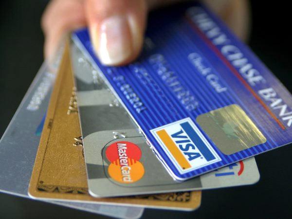 <strong>पढ़ें- बड़ी खबर: कल से ब्लॉक हो जाएंगे लाखों ATM कार्ड, जानें कहीं आपका कार्ड भी तो शामिल नहीं</strong>
