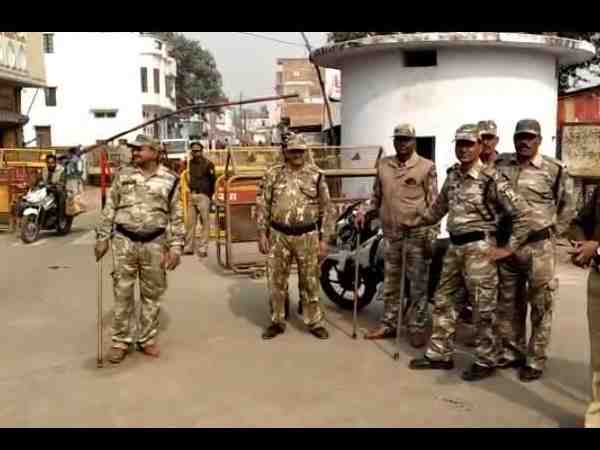 babri masjid demolition 26 anniversary heavy police force deployed in ayodhya