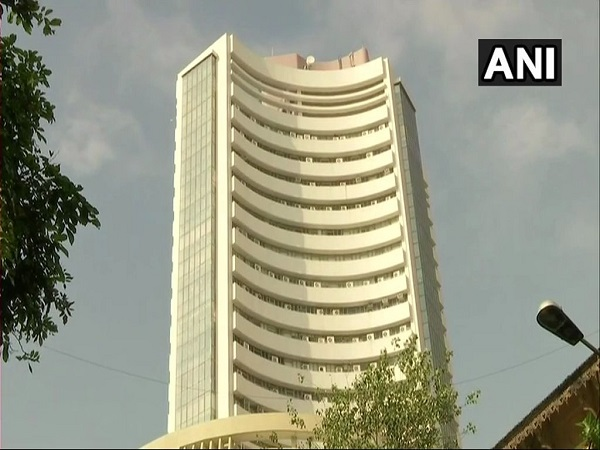 sensex nifty going good in early trade