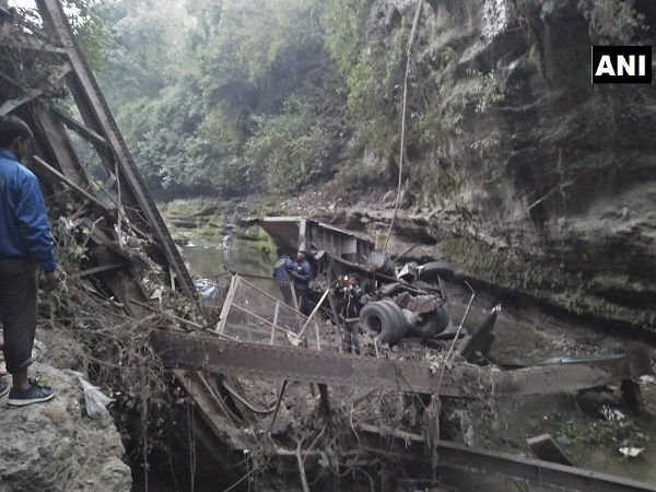 uttarakhand bridge collapses in garhi cant in dehradun 2 dead