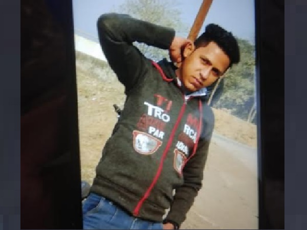 youth tried to take selfie, Disappeared in the canal water of saharanpur