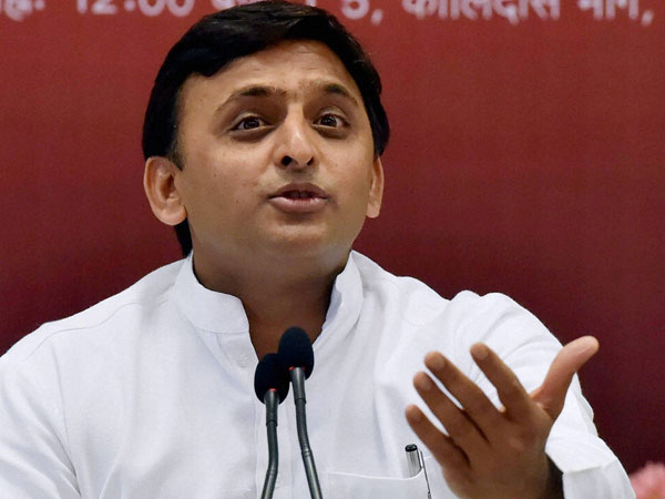 Akhilesh Yadav miffed as lone SP MLA not getting included in MP government