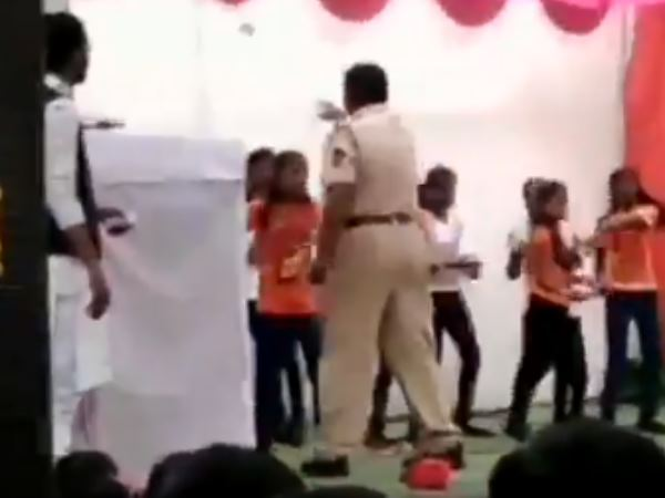 police constable who showers note on children during republic day function in school got suspended