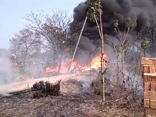 Indian Air Force Jaguar fighter plane crashes in Kushinagar in Uttar Pradesh