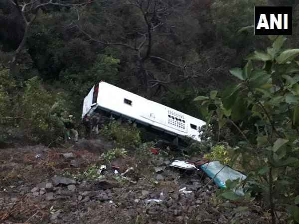 26 people injured after a tourist bus skidded off the road near Swarghat area in Bilaspur