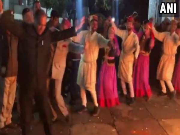 VIDEO: Himachal Pradesh CM Jai Ram Thakur participate in Lohri celebrations in Shimla