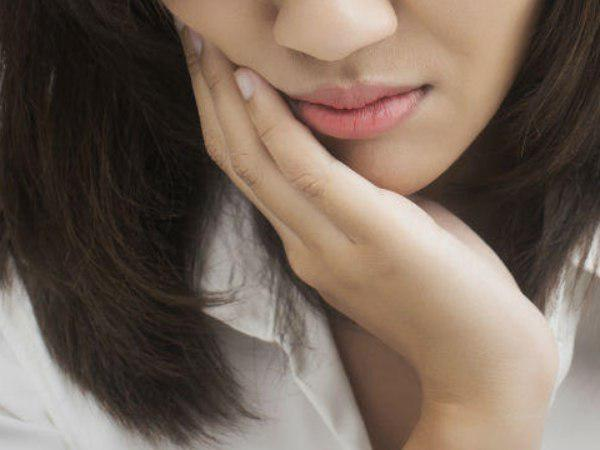 husband punishes his wife and break her teeth for eating food before him in pune