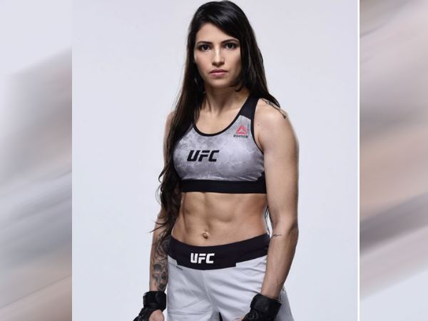 Man Tries To Rob UFC Fighter polyana viana, got beaten so badly that he waited for the cops